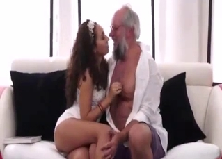 Young hottie gives a head for her own dad