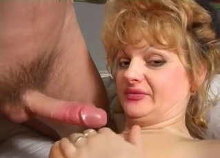 Slutty mom banged by son in bedroom