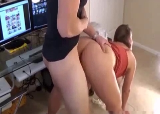 Big-tit hottie gives her uncle a good head