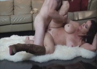 Busty hottie gets nailed by muscled brother