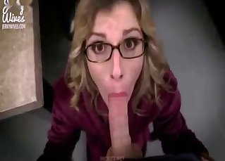 Nerdy mom is sucking a dick on the knees